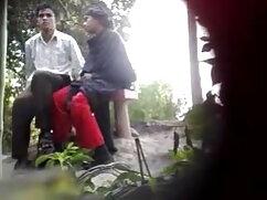 परिपक्व महिला अपने सेक्सी बीएफ फिल्म फुल एचडी में गांठदार बॉस को मारती है
