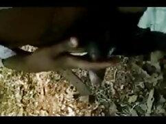 गोरा फुल सेक्सी हिंदी फिल्म कैमरे के सामने सेक्स की कोशिश करता है