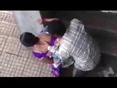 हॉर्नीटैक्सी बड़े स्तन के साथ युवा लड़की के बजाय blowjob प्रदान करता है फुल सेक्सी हिंदी में